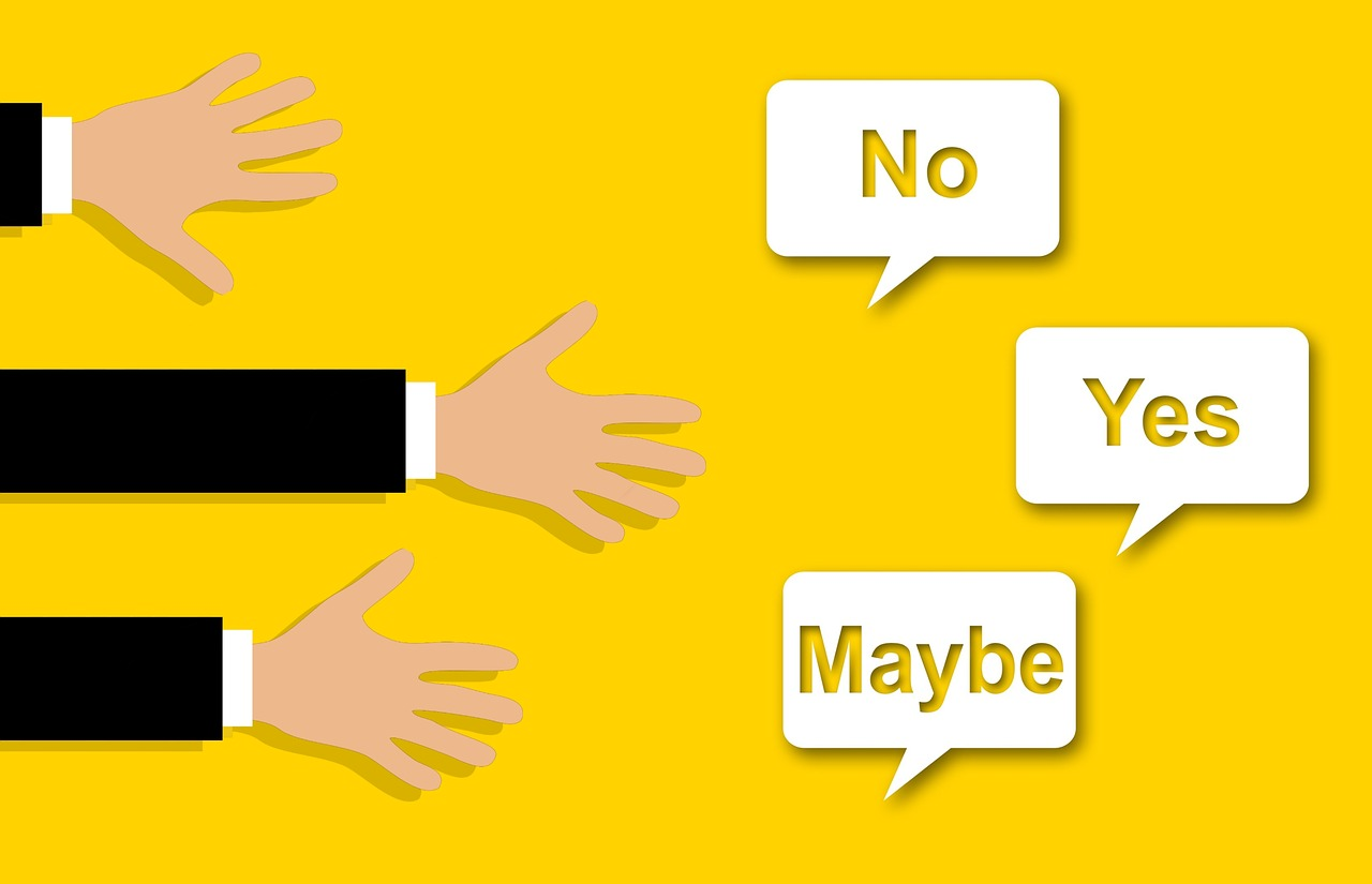 bertengkar debat