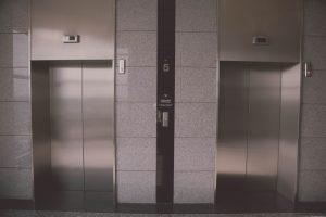 Apa arti mimpi tentang lift?