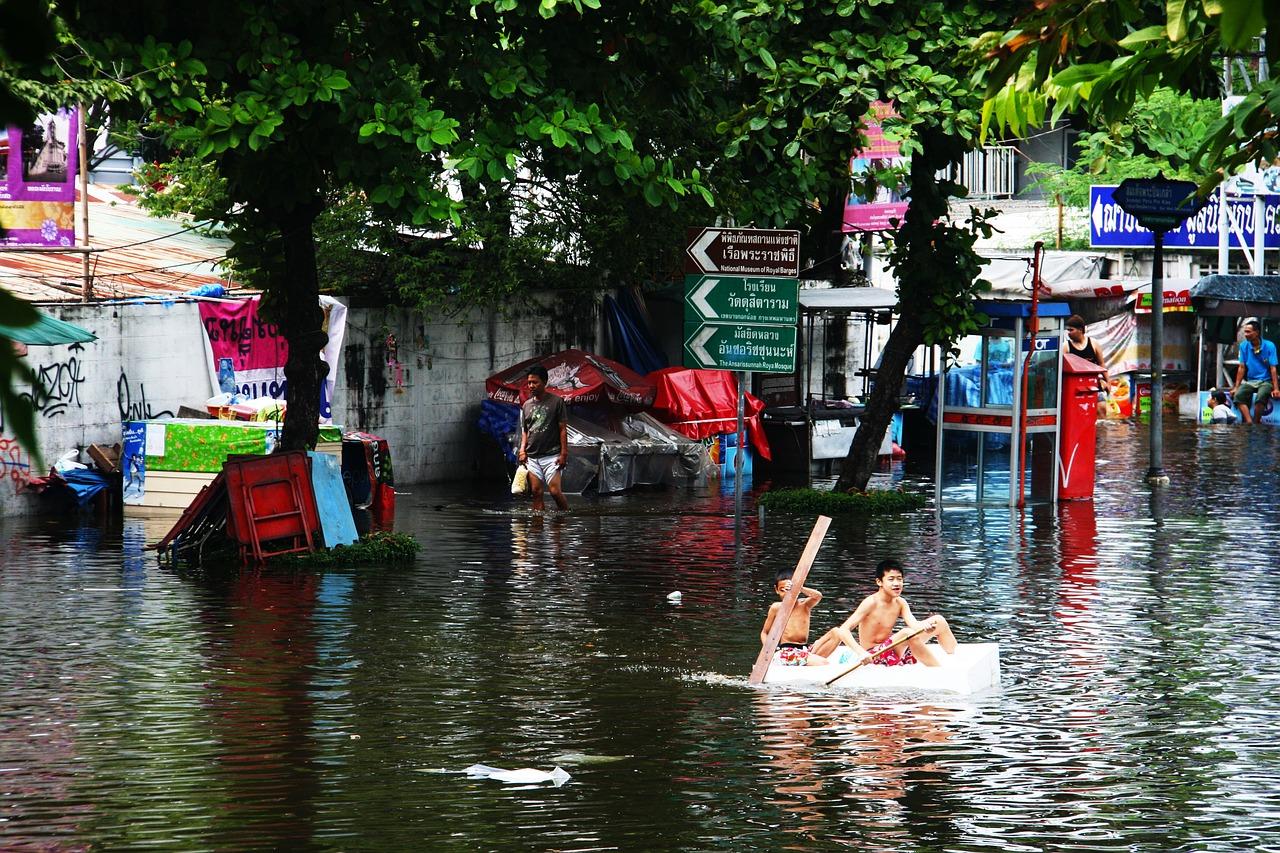 mimpi rumah banjir
