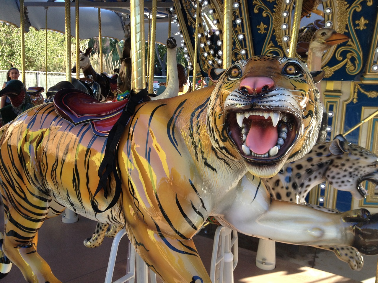 arti mimpi macan jinak
