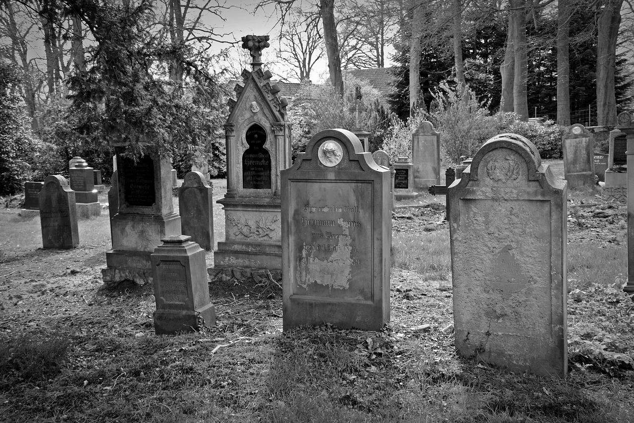 Apa Arti Mimpi Makam Kuburan?