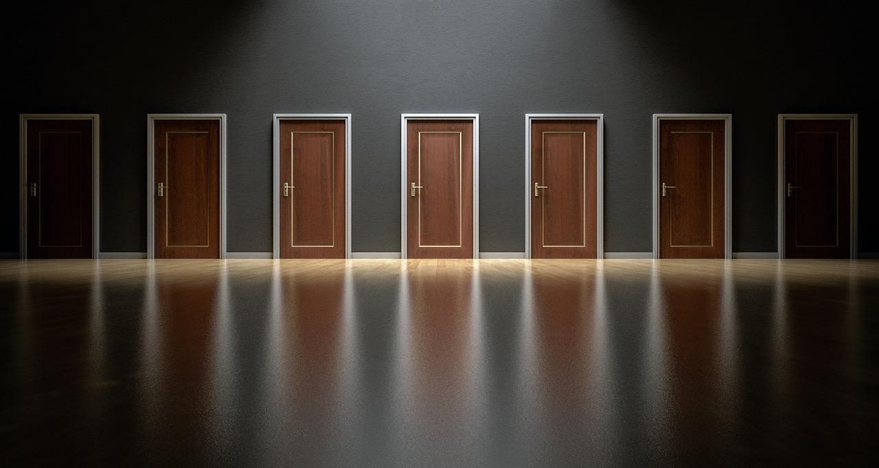 arti mimpi pintu