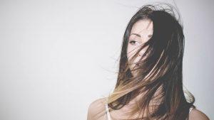 arti mimpi rambut panjang