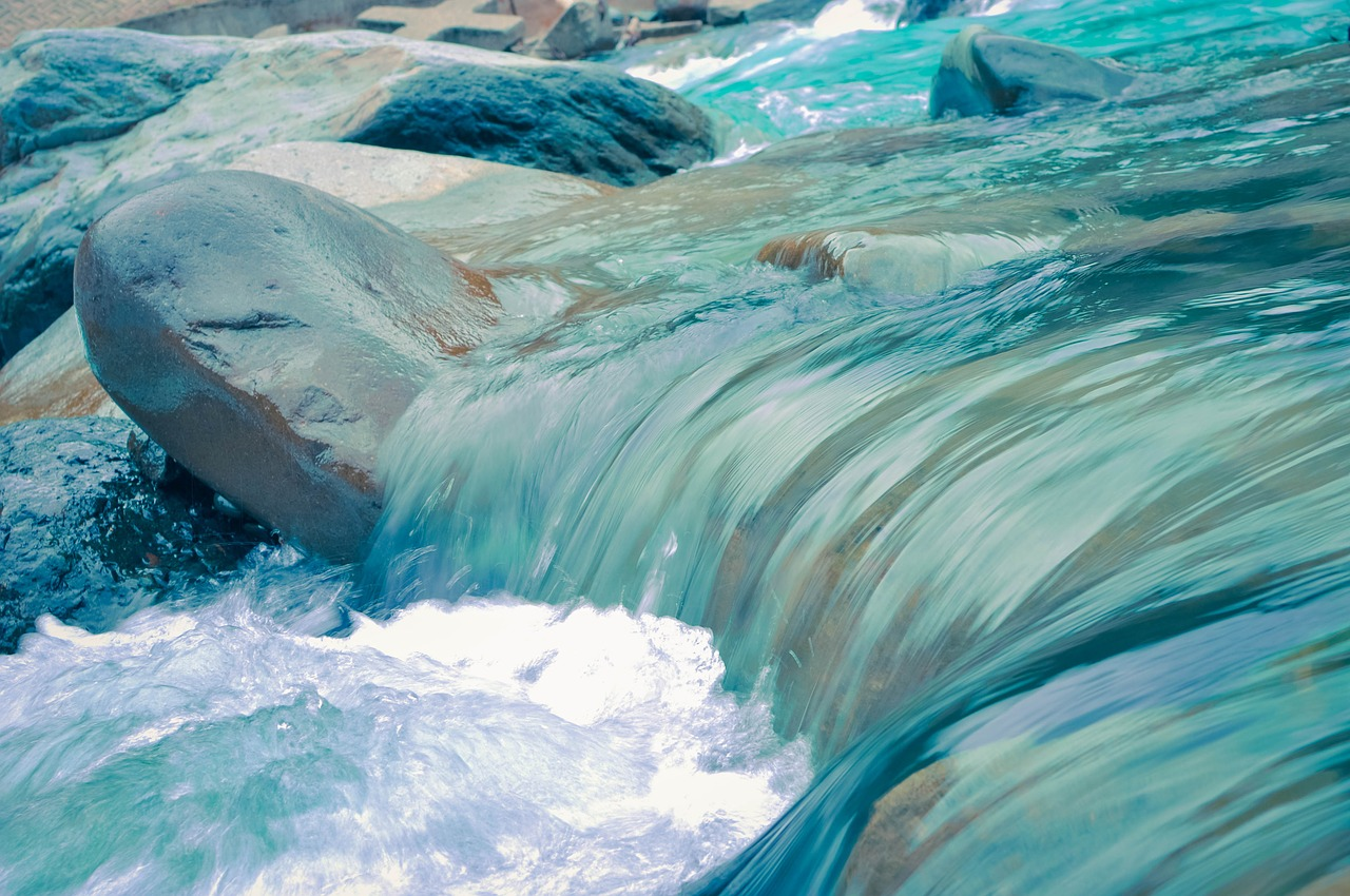 mimpi menyeberangi sungai