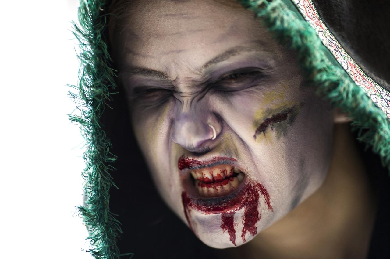 mimpi gigi berdarah